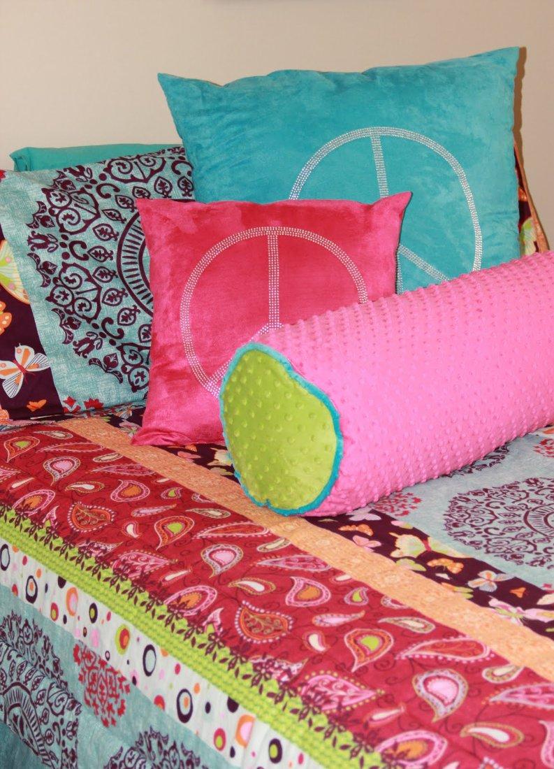 Рукоделие своими руками для дома поделки из тканей подушки 26