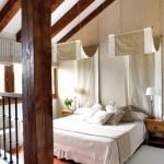 кровати с балдахином, красивая кровать, кровать на дачу