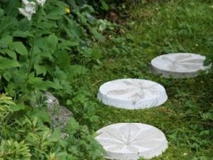 садовые дорожки, как сделать тротуарные плитки,купить формы для тротуарной плитки