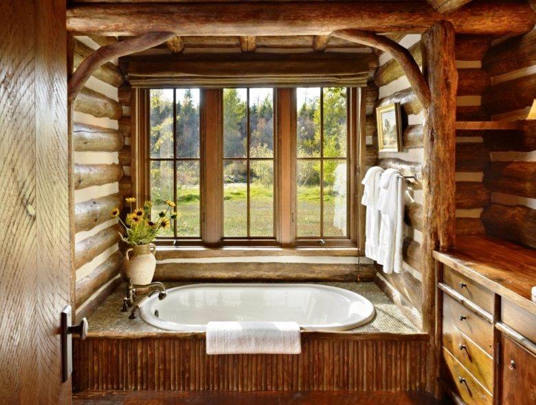 отделка ванной комнаты с окном